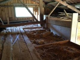 Plankor var provisoriskt golv